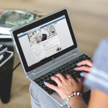 Facebook en un portatil