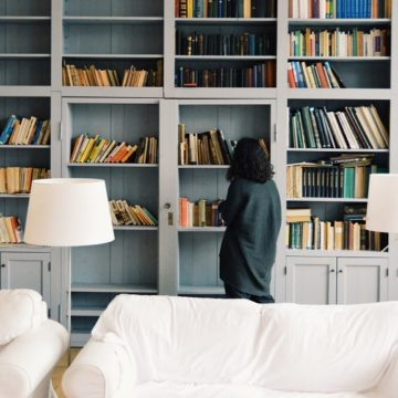 hotel library of books