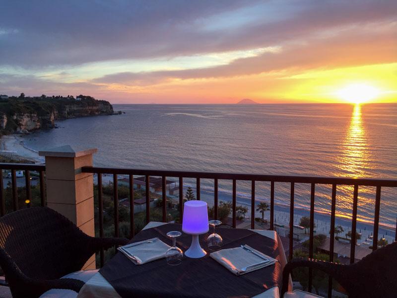 I migliori hotel sul mare: intervista al Rocca della Sena di Tropea