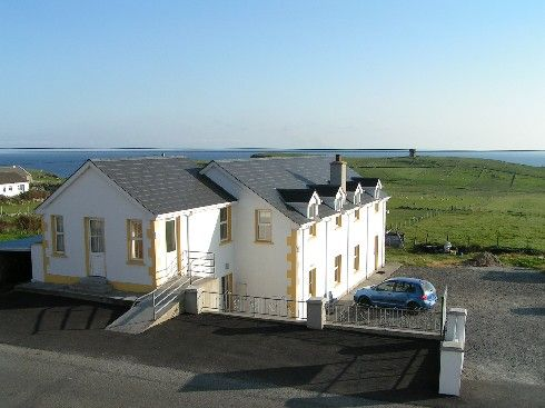 Image of Malinbeg Hostel showcasing its seaside view