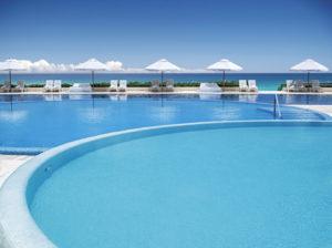 Live Aqua piscina