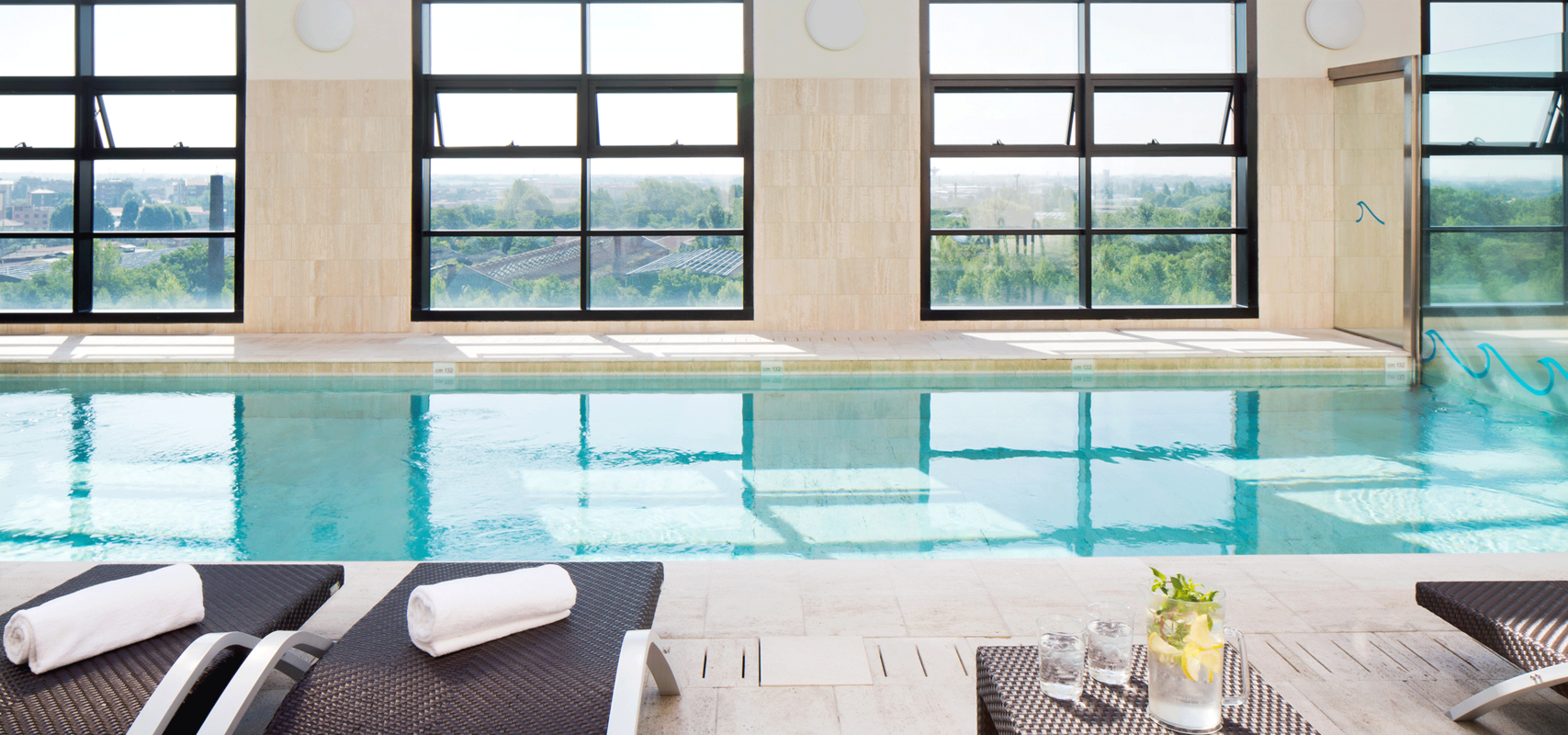 La piscina dello Starthotels Grand Milan