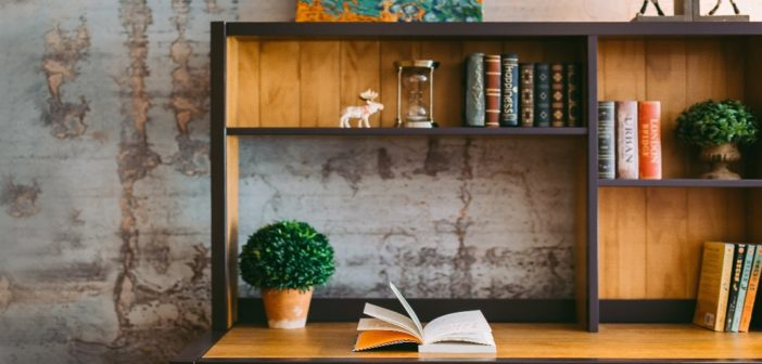 10 Books Everyone in the Hospitality Industry Should Read